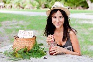 La nutricionista Núria Roura colabora con Txell Costa